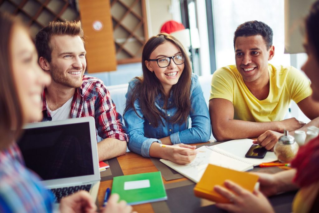 FAFSA Applications Opened Early! Here's What You Need to Know About Student Loans Before You Begin